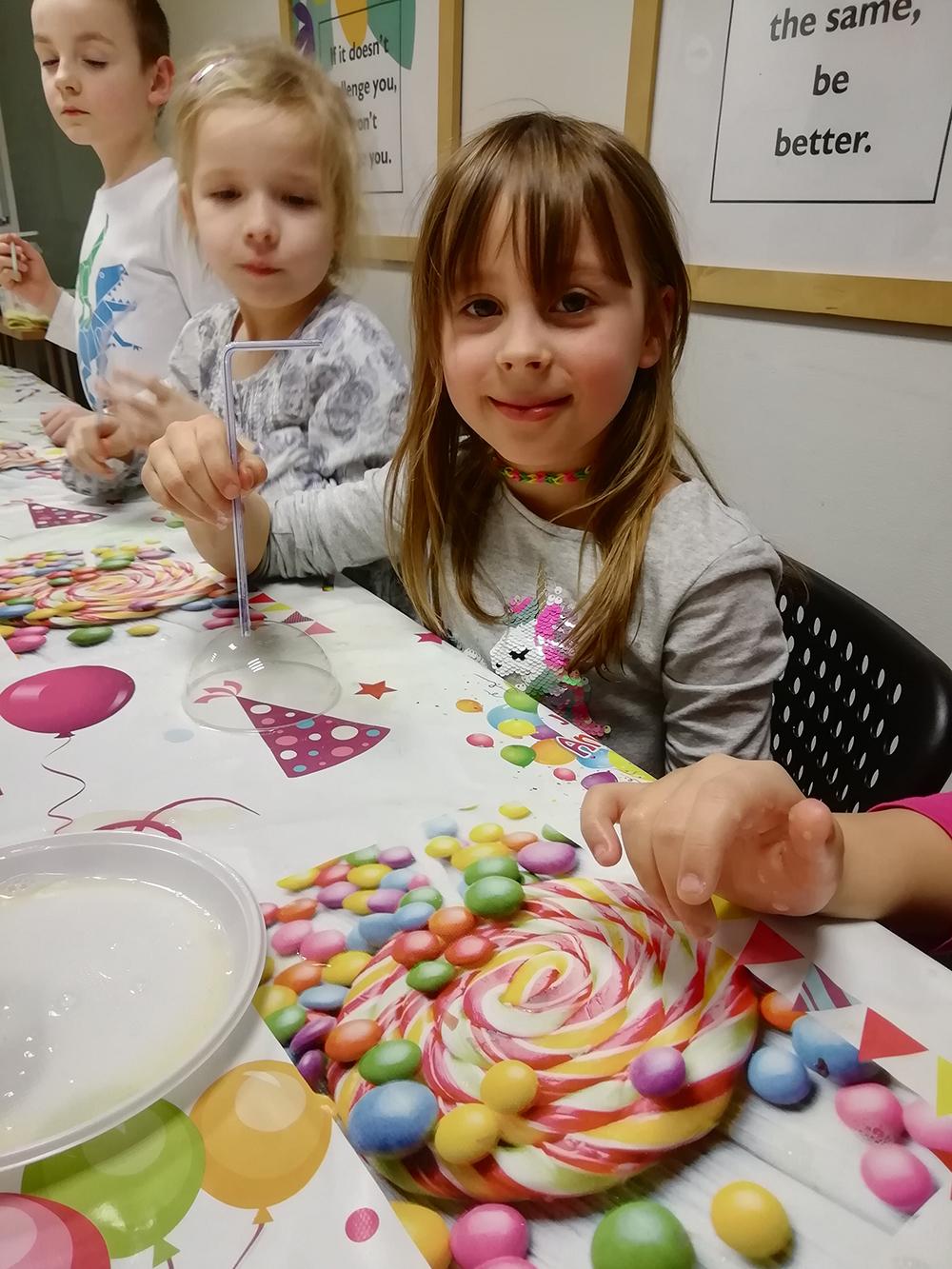 angielski dla dzieci polkolonie jezykowe ferie zimowe warszawa archibald kids